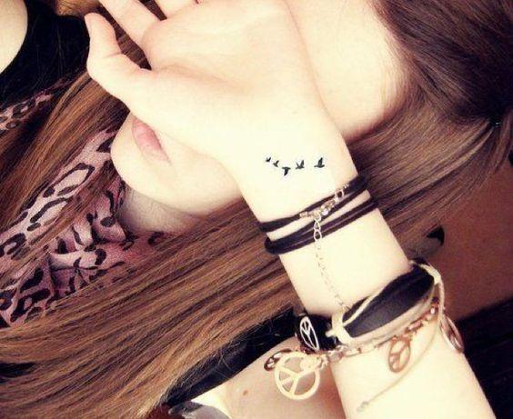 Tatuaż Odlatujące Ptaki Idealne Wzory Na Plecy Obojczyk I
