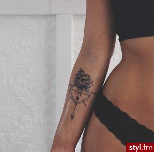 Nowoczesne Tatuaże Dla Charyzmatycznych Kobiet Te Motywy To