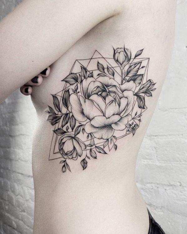Tatuaż Na Boku Duże Tatuaże Z Pięknymi Motywami Dla