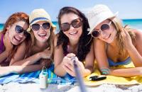 Planujesz wakacje na łonie natury? Te gadżety ułatwią ci kontakt ze światem