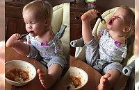 Niesamowite! Ta dziewczynka urodziła się bez rąk, a radzi sobie lepiej niż większość dzieci...