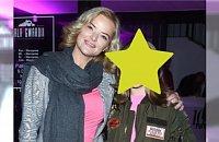 Monika Zamachowska z córką na imprezie. 13-latka w pełnym makijażu. Przesada?