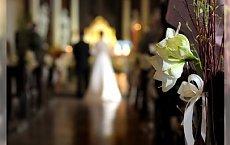 Rozpoczęcie ceremonii ślubnej – czyli kto kroczy drogą do ołtarza?