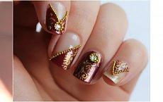 Manicure po królewsku, czyli wyjątkowo wytworne wzorki na paznokcie