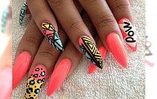 Szalejemy z kolorami! 10 propozycji na nietuzinkowy manicure