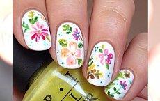 10 propozycji kwiatowego manicure na weekend