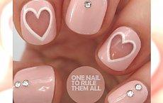 Super dziewczęcy manicure na Dzień Kobiet