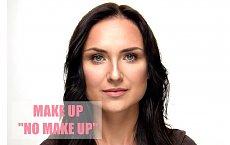 Rozświetlający makijaż na co dzień
