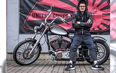 Kuba Wojewódzki sprzedaje motocykl! Są chętni?
