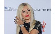 Doda w blond peruce na gali. Miała bardzo ważny cel!