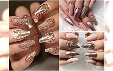 Szampański manicure w odcieniach rose gold, nude i złota. Modna opcja na święta i karnawał!