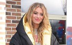 Marcelina Zawadzka w codziennej stylizacji. Prezenterka jest przepiękna, ale ta kurtka dodała jej 20 kg!