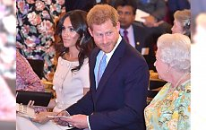 Meghan Markle w końcu z MOCNYM MAKIJAŻEM na gali w Pałacu Buckingham. Ładnie jej?