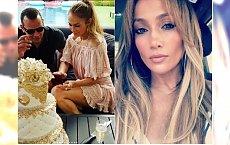 Jennifer Lopez pokazała zdjęcie w bikini z 49. urodzin! WOW, nie możemy oderwać wzroku od jej brzucha!
