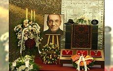 Rodzina i gwiazdy żegnają Tomasza Stańkę. Na pogrzeb przyszedł Kamil Sipowicz z Ramoną