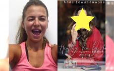 """Lewandowska lansuje swój """"kalendarz MOTYWACYJNY"""" na rok 2019. Co się stało z jej TWARZĄ na okładce?"""
