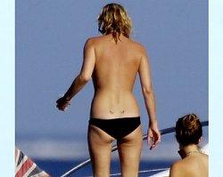 Kate Moss na wakacjach... od diety