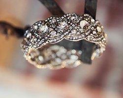 """Najpiękniejsze pierścionki zaręczynowe - powiedz """"tak"""" ukochanemu!"""