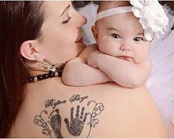 Pamiątki z ciąży: odlew brzucha, biżuteria z łożyskiem, żywe lalki. Zobaczcie, co jest teraz w modzie