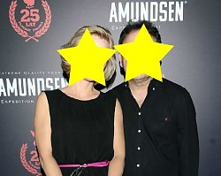 Ona jest znaną dziennikarką, on WYBITNYM aktorem. Takich gości na IMPREZIE PLAYBOYA byście się nie spodziewali!