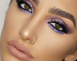 Lawendowy makijaż oczu - najpiękniejszy trend tej zimy!