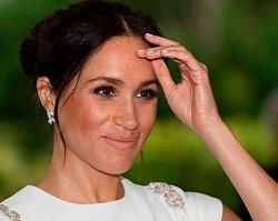 """Księżna Meghan odsłoniła pokaźne ciążowe krągłości! """"To na pewno NIE JEST piąty miesiąc"""""""