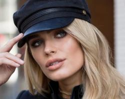 Kapelusze, kaszkiety i czapki: modne nakrycia głowy na sezon wiosna-lato 2019