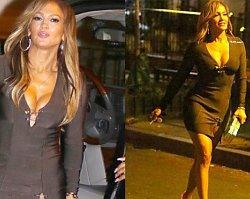 """Jennifer Lopez na planie """"Hustlers"""" oszałamia jędrnym i wyćwiczonym ciałem. Ale popatrzcie tylko na ten dekolt!"""