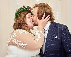 Dominika Gwit obchodzi pierwszą rocznicę ślubu. Dopiero teraz pokazała, jak silne emocje wywołała w niej przysięga małżeńska