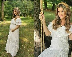 Joanna Krupa na zdjęciu bez stanika. Brzuszek jest coraz większy - niedługo poród?