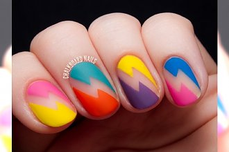 HIT: negative space nails