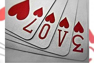 Wróżby na andrzejki. Miłosna wróżba z kart