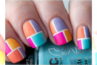 Modny manicure - color block na paznokciach