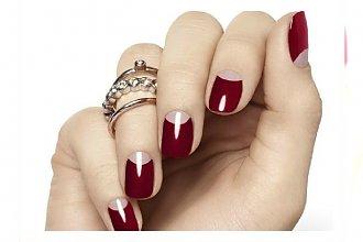 Hot trend w manicure 2015: paznokcie z nagimi półksiężycami