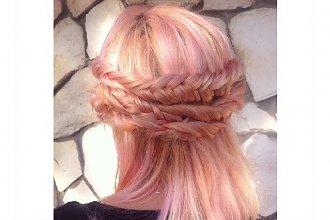 HOT: Włosy w kolorze Rose Gold