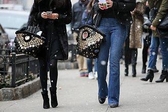 Najciekawsze torebki z New York Fashion Week 2015 - Street Style