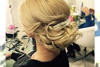 15 najmodniejszych upięć włosów dla blondynek
