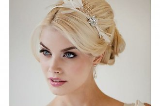 15 zachwycających fryzur ślubnych dla perfekcyjnej Panny Młodej