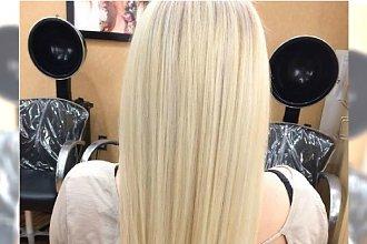 Koloryzacyjny hit: waniliowy blond. Modny kolor włosów dla wielbicielek kremowych odcieni