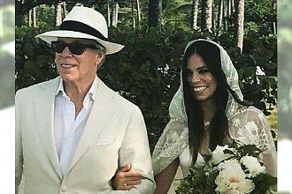 Córka znanego projektanta wzięła ślub. Jej suknia była skromna, ale PIĘKNA