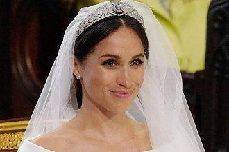 Kreacja godna księżniczki. Tak wygląda SUKNIA ŚLUBNA księżnej Meghan!