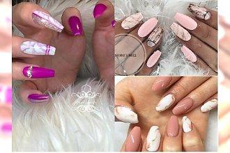 Manicure 2018: Różowy marmurkowy manicure to ABSOLUTNY HIT na lato! Zobacz, jak go zrobić