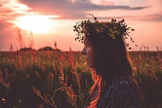 Słowiańska natura piękna – warkocze, wianki i… Sobótka!