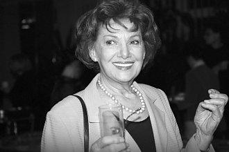 Wielka gwiazda telewizji IRENA DZIEDZIC zmarła w biedzie i zapomnieniu. Pochowano ją dopiero 2 MIESIĄCE po śmierci