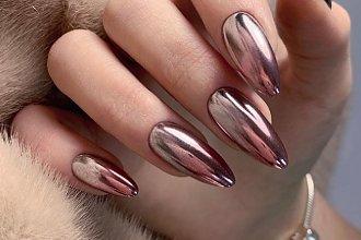 Lustrzane paznokcie - najpiękniejsze wzory na karnawał