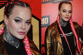 Monika Miller w paskudnych rajstopach na imprezie Antyradia. Blada lycra i przebijające tatuaże... Kiepsko to wyglądało