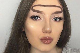 Halo brows - czyli brwi na czole to najnowszy trend Instagrama. Ludzie szpecą się na własne życzenie