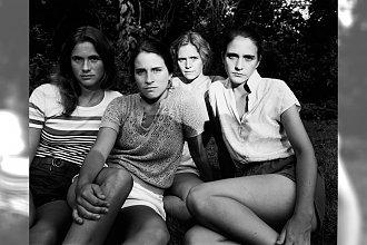 4 siostry przez 36 lat robiły sobie zdjęcia. Ostatnie zdjęcie to wyciskacz łez