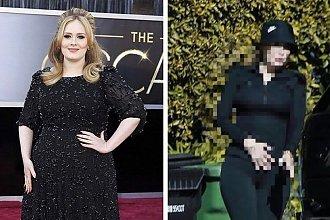 Adele schudła 30 kg! Do sieci wyciekło jej najnowsze zdjęcie. Fani: Ale ma bioderka!