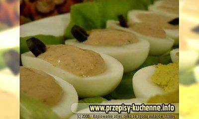 Jajka faszerowane oliwkami i dżemem żurawinowym